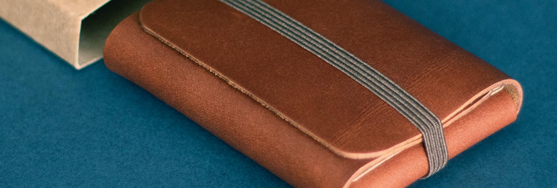 Read more about the article Photography – Singular leather wallet